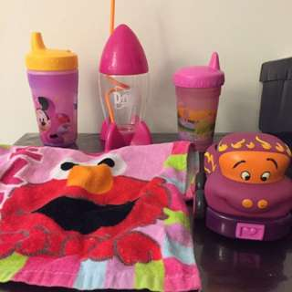 Moving Relocation Quicksale Sippy Cup Bib USA girls