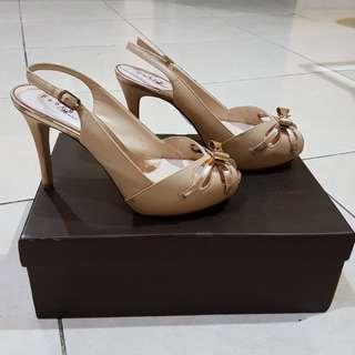 Pedro Women Heels