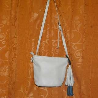 Tassel Stradivarius Sling Bag