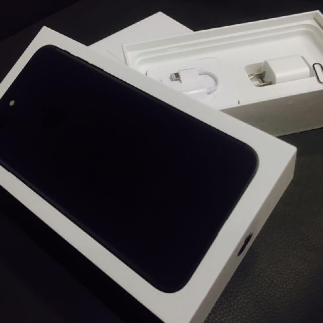 自售 Apple iPhone7+ 消光黑 5.5 二手手機