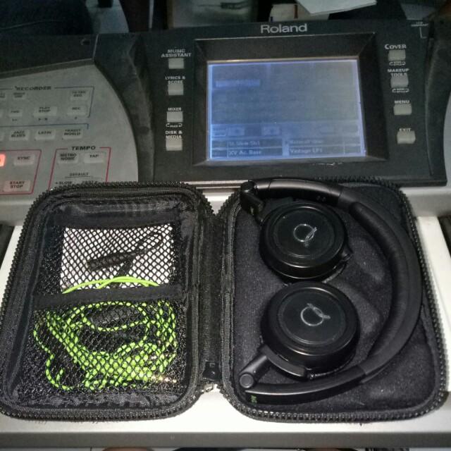AKG Q460 headphone gaming