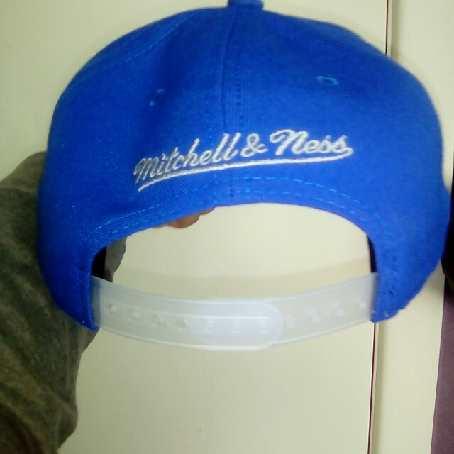 Authentic mitchell and ness hat