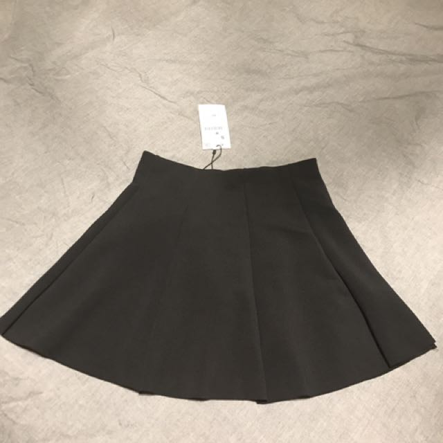 Black skater skirt from Zara