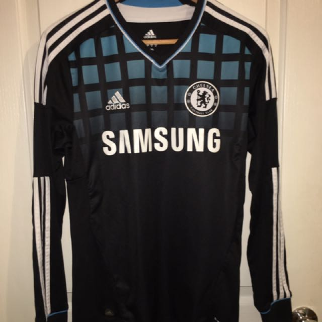 online store 71087 1694e Chelsea jersey Didier Drogba, Men's Fashion, Clothes on ...