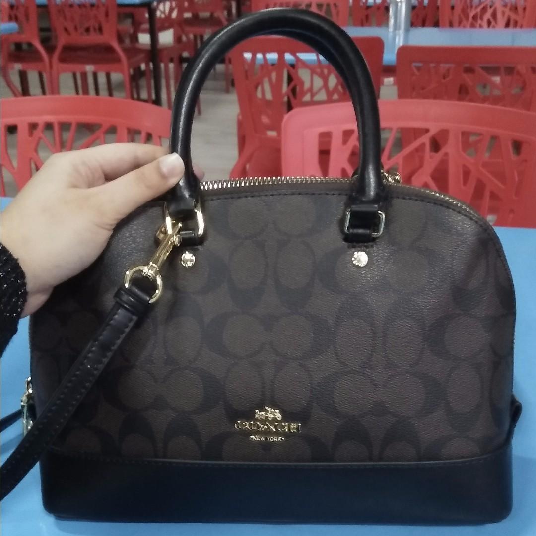 10f5a67d392 Coach Mini Sierra, Women's Fashion, Bags & Wallets on Carousell