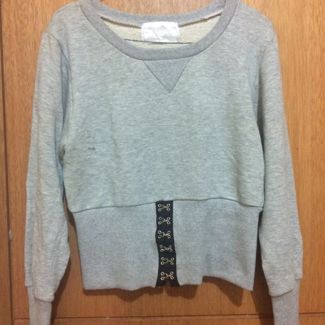 crop top sweater