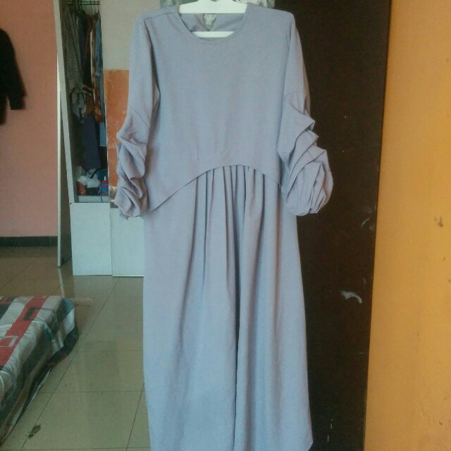 Dress gamis abu-abu iymel says hijab