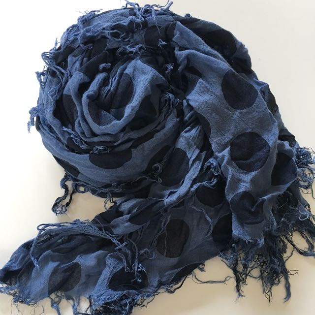 French connection Blue dot scarf