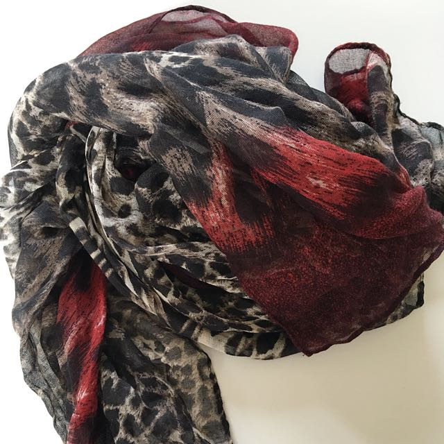French connection leopard print scarf