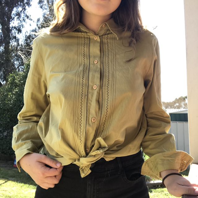 greeny / mustard long sleeve