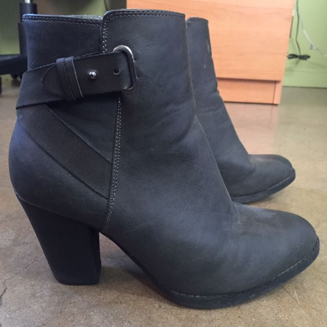 Grey boots Size 8