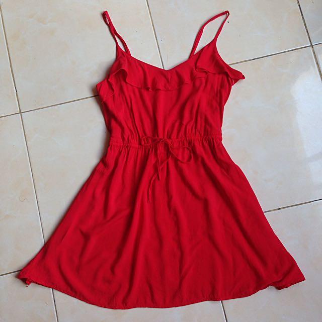 H&M Flowy Red Dress