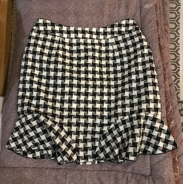 Houndstooth mini Skirt