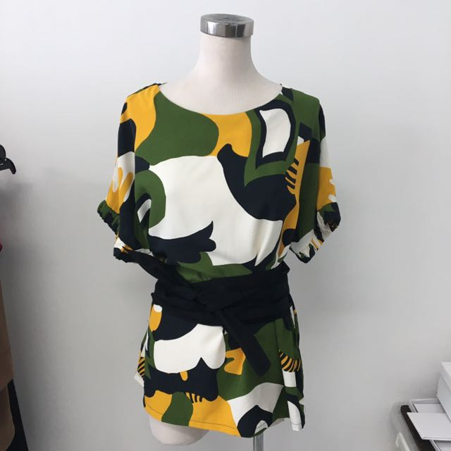 Les Riches printed top- all size fits upto Large