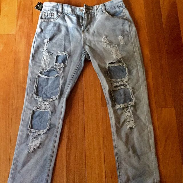 Light blue ripped skinny jeans
