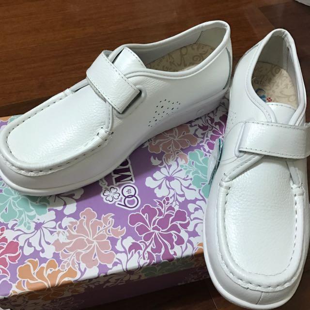 全新M&G護士鞋免運費