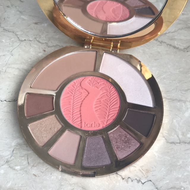 Ori Tarte Showstopper clat pallete* HOT ITEM