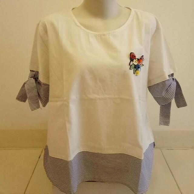(Preloved) Baju Putih Bunga