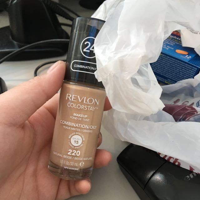 Revlon Colour stay shade 220