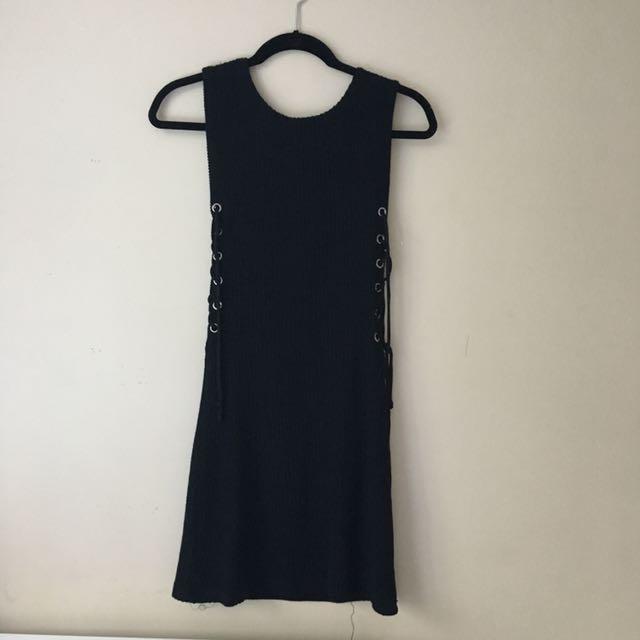 SIDE TIE BLACK TIGHT DRESS