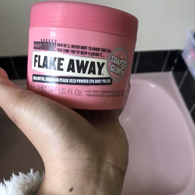 Soap & Glory Body Scrub