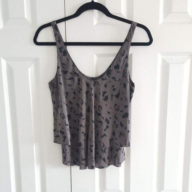 Aritzia T. Babaton 100% Silk Shirt