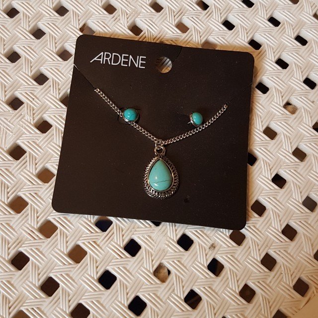 Teal Earrings and Necklace