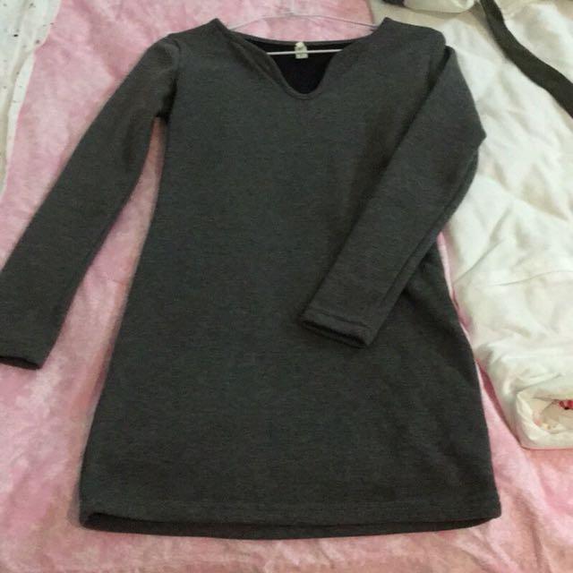 灰色小v口領長版上衣/洋裝