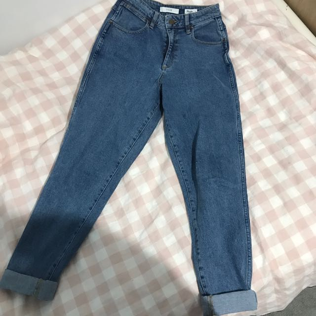 64388d56 Wrangler Tyler Mom jeans, Women's Fashion, Clothes on Carousell