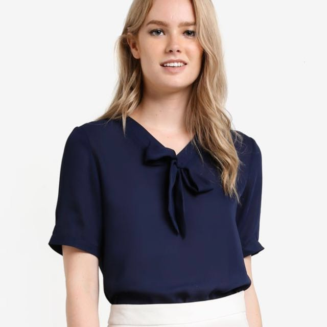 ca0b22102656f ZALORA Essential pussybow Blouse in navy