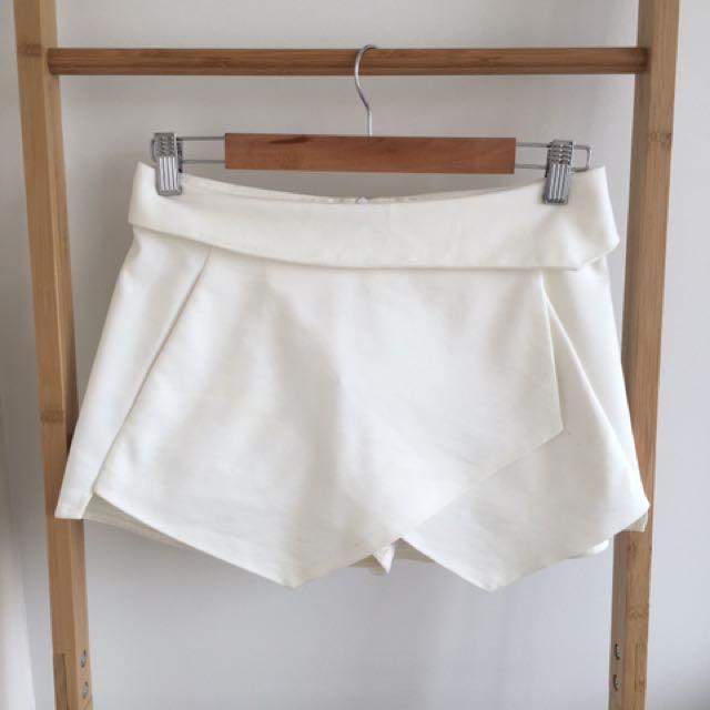 Zara White Skort