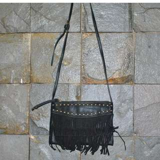 Sling Bag Strdivarius Rumbai