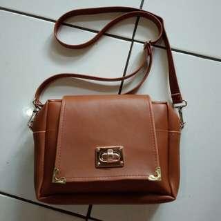 Slingbag sling bag tas selempang coklat