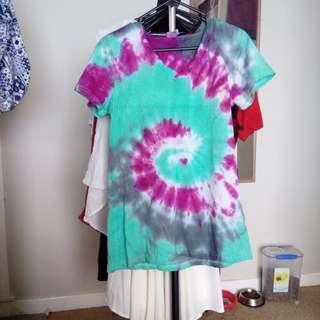 size  12 tie dye shirt