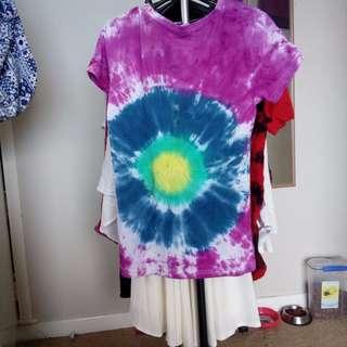 size 10 tie dye shirt