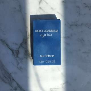 Dolce&Gabbana light blue perfume sample size