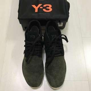 Y3 Desert Boost (us6.5) - brand new