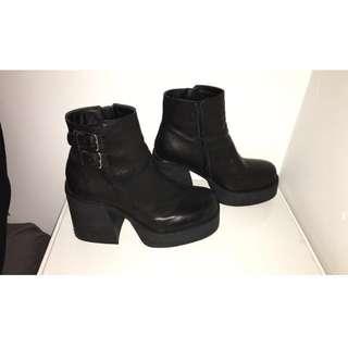 Windsor Smith 'Lykke' boots