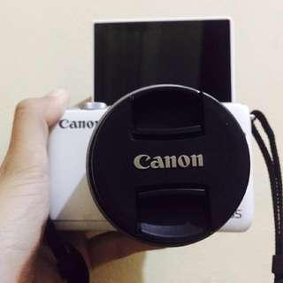 Canon EOS M10 Mirrorless