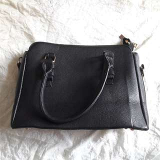 Mayoutfit Black Bag Preloved