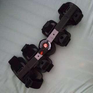 Breg T Scope® Premier Post-Op Knee Brace