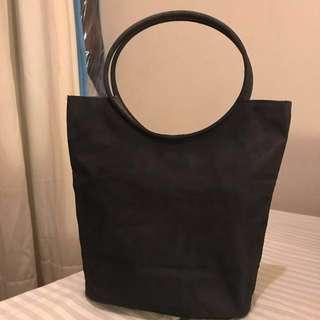 Tas Esprit hitam