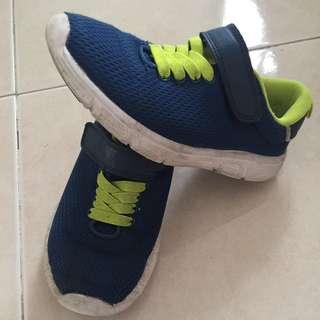 H&m brand shoes size 32 EUR