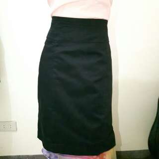 H&m black office skirt