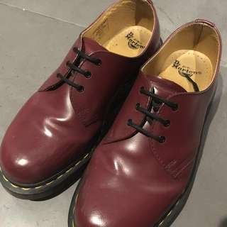 CHERRY Doc Martens 1461