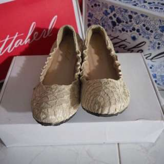 Ittaherl ori shoes size 40