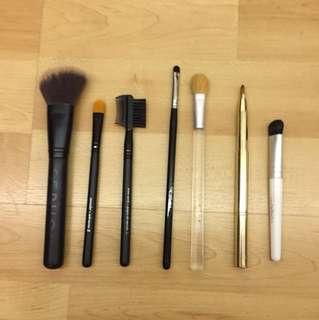 Miscellaneous Make Up Brush