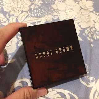 二手 Bobbi Brown 芭比布朗 柔沙玳瑁眼彩盤 (免運費)