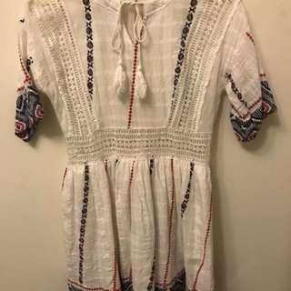 民俗風鏤空連身裙