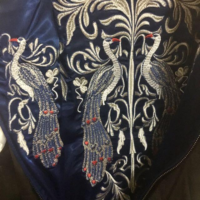刺繡外套/雙面穿/深藍與黑/孔雀